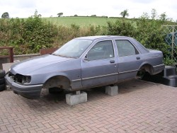 Ford Sierra Sapphire 2.0 GL - ready for scrap heap.